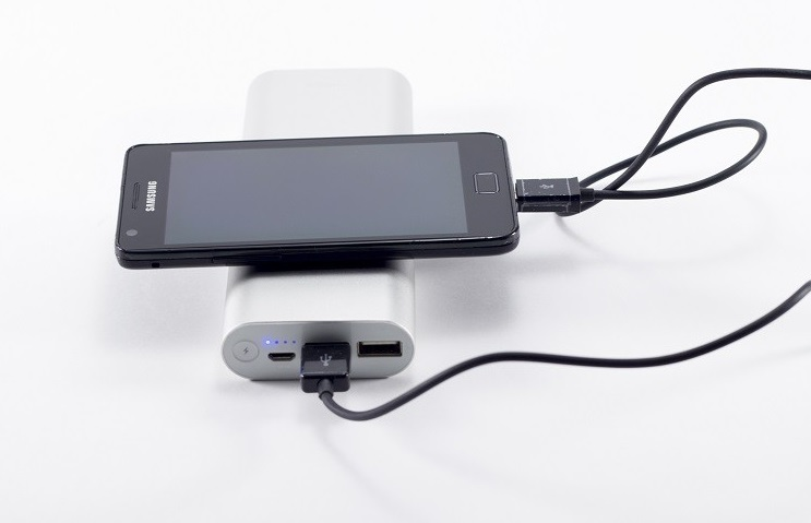 Отзывы и обзор внешнего аккумулятора Rombica NEO MS180